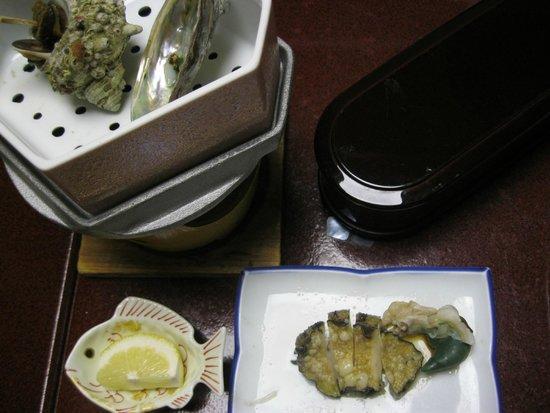 Inatori Ginsuiso : アワビの蒸し焼き・・・絶品でした
