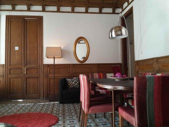 Tripledos: Отель