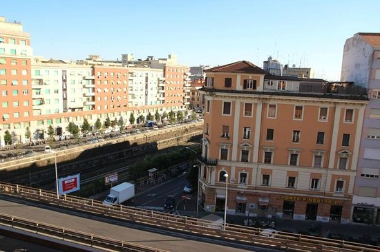 Amico Hotel: View from the window to the neighbourhood