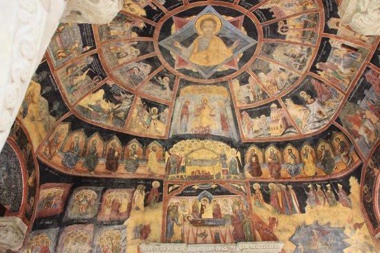 Sinaia Monastery: Das Innere der alten Kirche