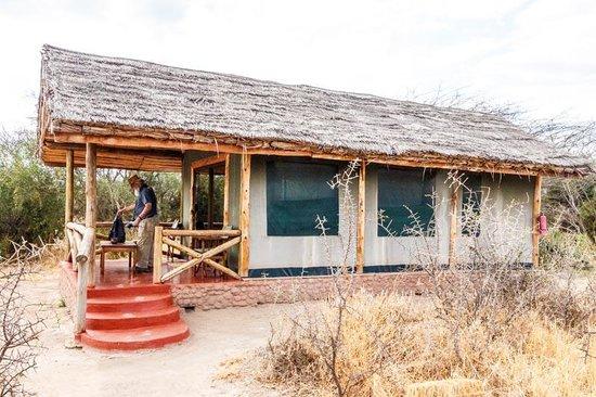 Kirurumu Tarangire Lodge : Our luxury tent.