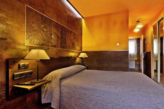 Hotel Dona Blanca: HABITACION