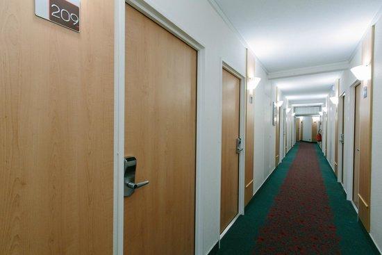 Ibis Alençon : Couloir
