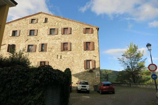 Frontino Italy  City pictures : ... amici dell'uomo Picture of Albergo La Rocca Dei Malatesta, Frontino