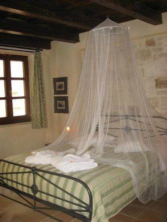 Palazzino di Corina: Simple but elegant bedroom