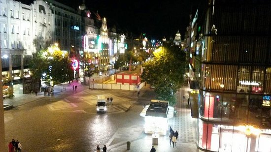 Prague Inn: View of Wenceslas Square from the hotel room
