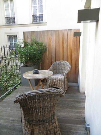 Hidden Hotel : Outdoor veranda