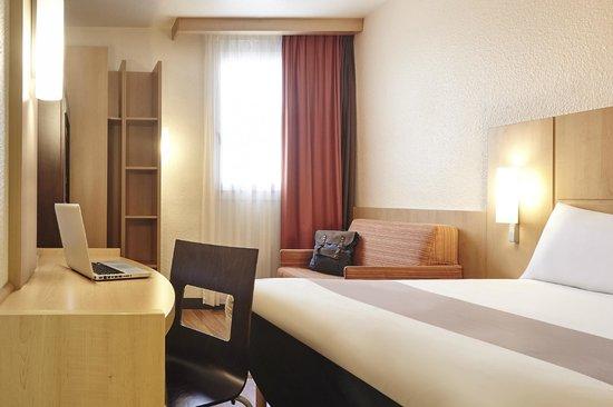 Bed photo de ibis marseille centre vieux port marseille - Ibis marseille centre bourse vieux port hotel ...