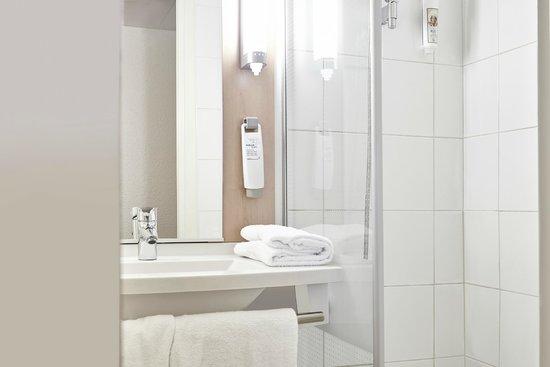 Ibis Marseille Centre Vieux Port UPDATED Prices - Hotel ibis vieux port marseille