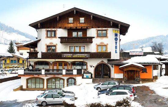 Hotel Schneeberger im Winter