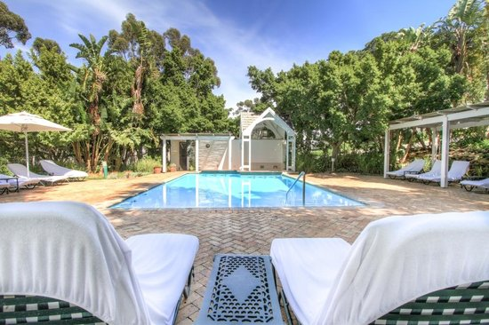 NH Cape Town The Lord Charles: Top pool