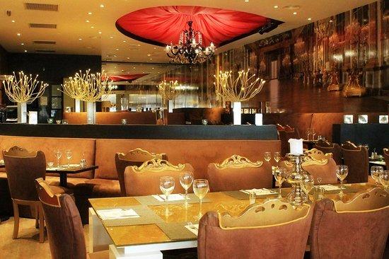 Restaurant L'Opera Cafe