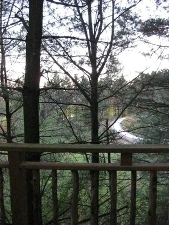 Pine Cove Lodging-Amish Country Lodging: View from upper balcony