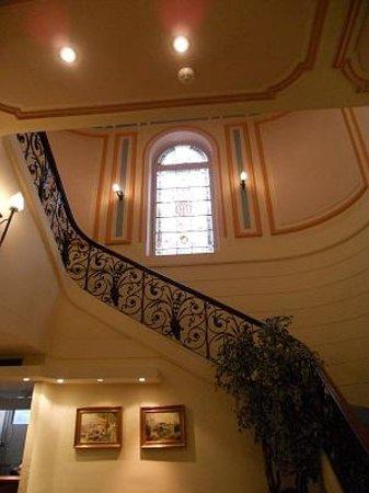 Hotel Vendome: 階段です