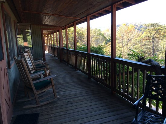Guesthouse Lost River : Deck just outside get room w/ seating