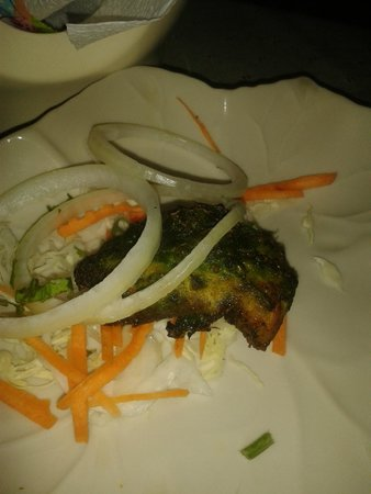 Curry Night Indian Restaurant : Spinach coated chicken tikka,.. seriously