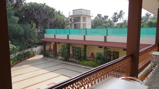 Rasal Beach Resort & Vista Rooms : Views from 1st floor