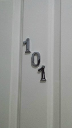 Hyde Park Boutique Hotel: Room number * Numero de habitación