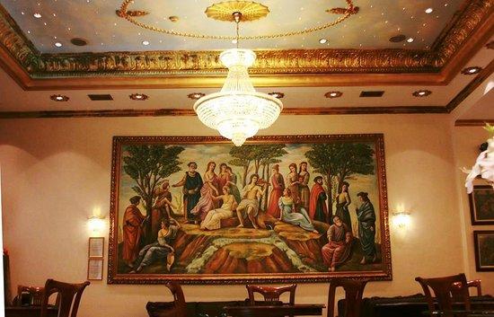 A.D. Imperial Palace Hotel Thessaloniki : εντυπωσιακο εργο τεχνης στο loby του ξενοδοχειου