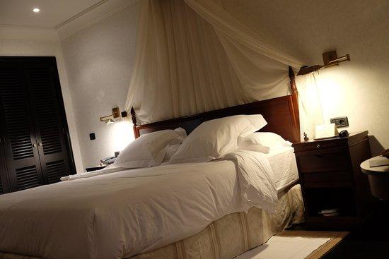Hotel Las Madrigueras Golf Resort & Spa: Bed