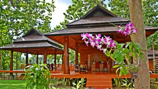Nan Seasons Boutique Resort