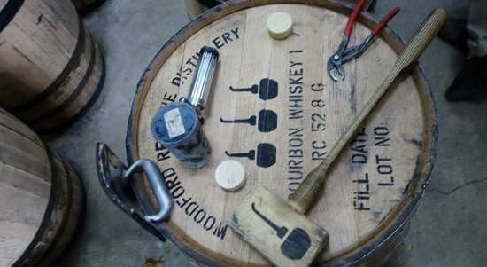 Jake's Cigar Bar & Lounge: Get your Bourbon Share at Jake's
