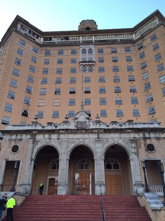 Mineral Wells, TX: The Baker Hotel