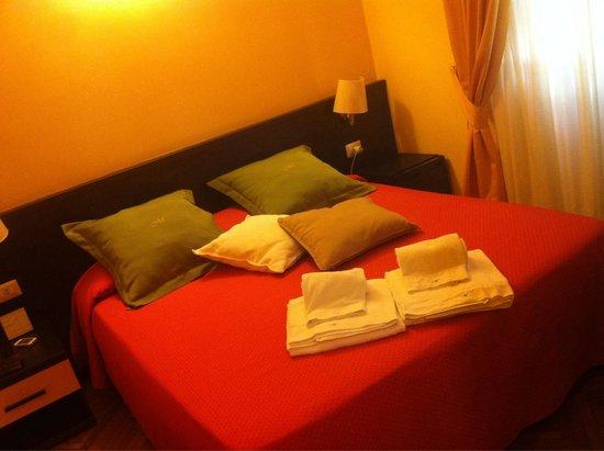 Morelli Bed & Breakfast : Camera c/o Via Piemonte