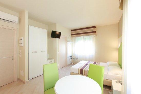 Hotel souvenir updated 2017 prices boutique hotel for Boutique hotel liguria