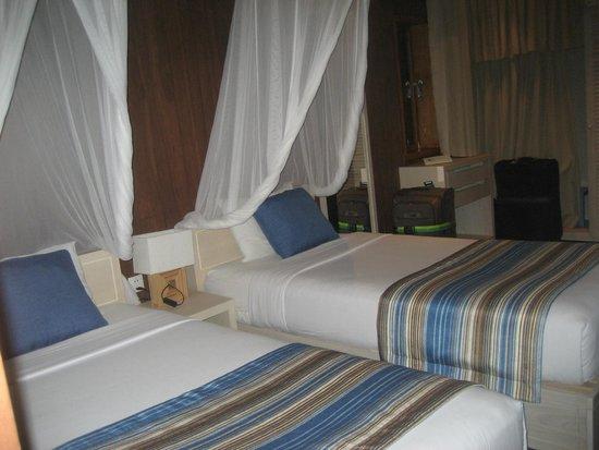 Coco Beach Resort : nettes geräumiges Zimmer