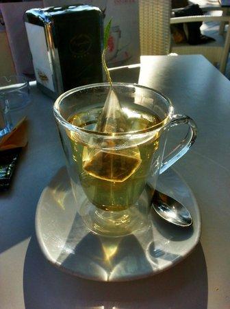 Moroni Caffe