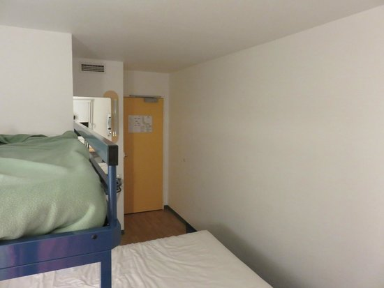 Ibis Budget Marne la Vallee Val d'Europe: Chambre 1