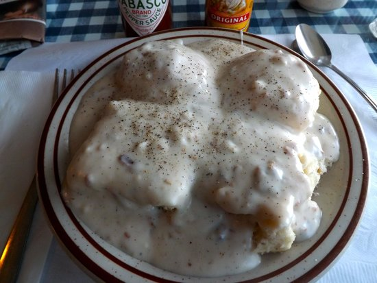 Carla's Country Kitchen: Average biscuits, gravy.