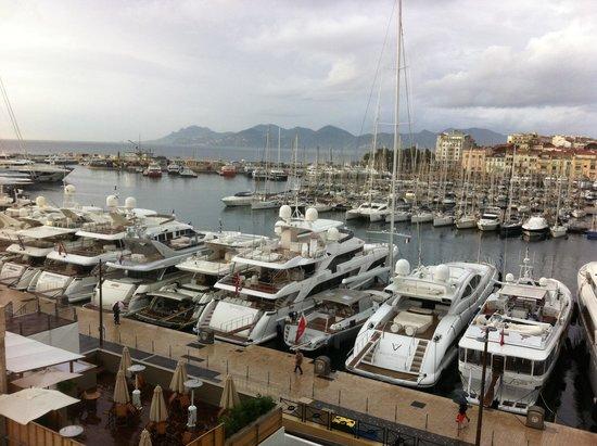 Pierre & Vacances Résidence Cannes Verrerie : Porto di Cannes una mattina di ottobre