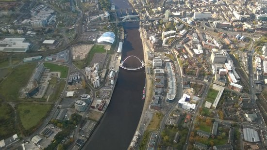 Northumbria Helicopters: The River Tyne and The Bridges