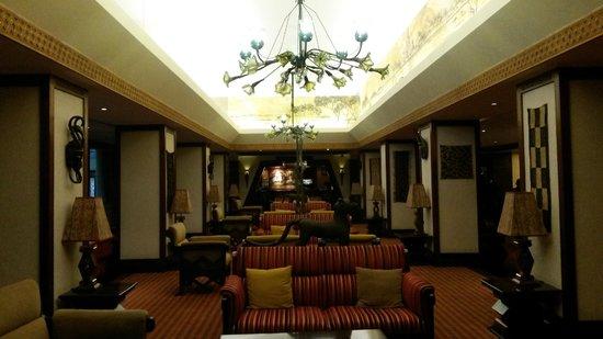 Nairobi Serena Hotel : Foyer