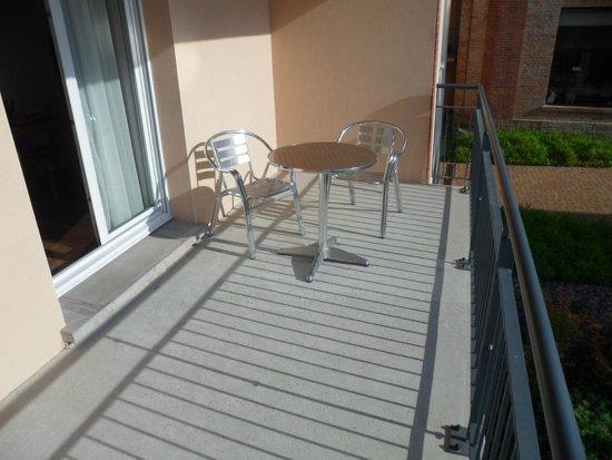 Zenitude Hôtel-Résidences Les Portes d'Alsace: La terrasse