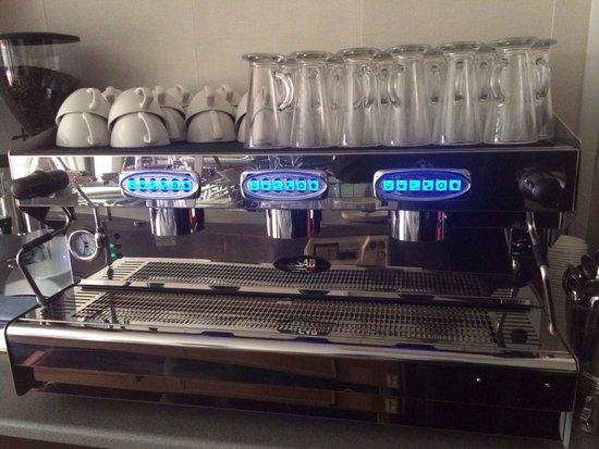 The Coffee Pot: New machine!!