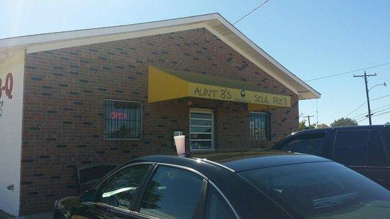 Aunt B's Soul Food Restaurant