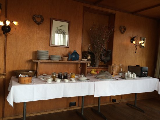 B&B Rosaly: Excellent breakfast