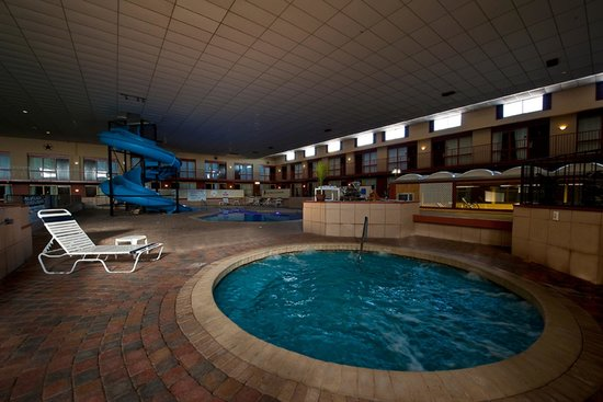 Pool Jacuzzi Picture Of Grand Texan Hotel Convention Center