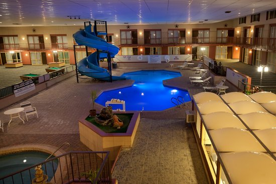 Grand Texan Hotel & Convention Center: Pool Area