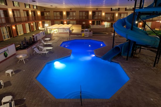Grand Texan Hotel & Convention Center: Pool