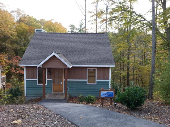 The Cabins at White Sulphur Springs: Laurel Cabin