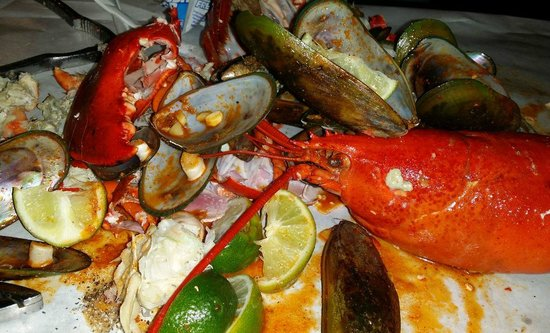 Gigantic but not tasty oysters - Picture of The Boiling Crab, Rowland Heights - TripAdvisor