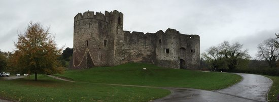 Chepstow Castle: Looking up the entrance path