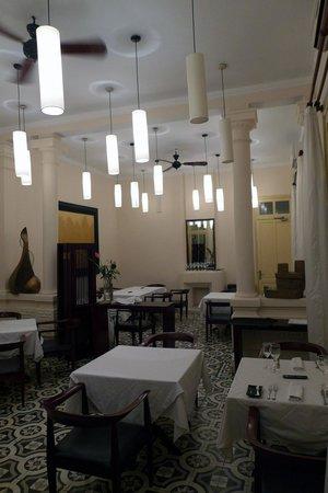La verticale restaurant interior