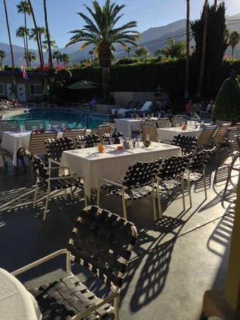 INNdulge: outdoor holiday dining