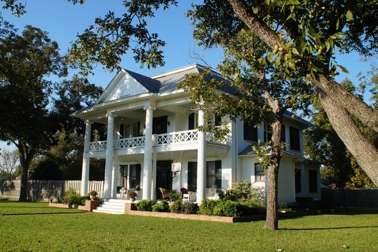 Pecan Manor B&B: Pecan Manor Bed & Breakfast