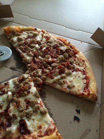 Stony Run Inn: Bacon/Sausage Pizza
